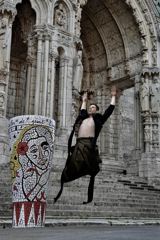 Performance di Matlakas. Cattedrale di Chartres